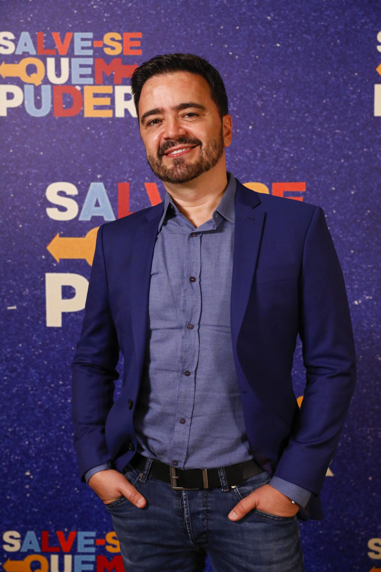 Daniel Ortiz autor de novelas