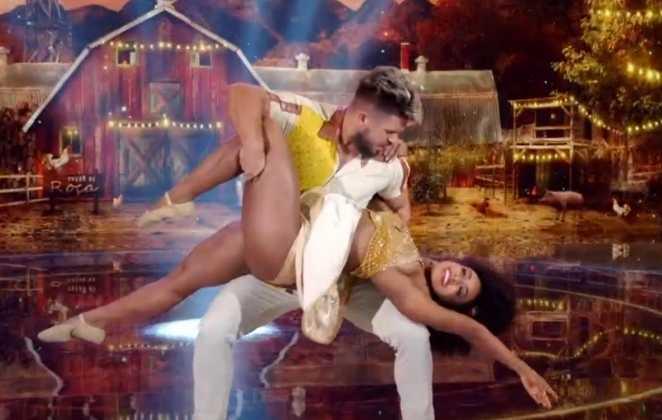 Dandara Mariana e Diego Maia dançam