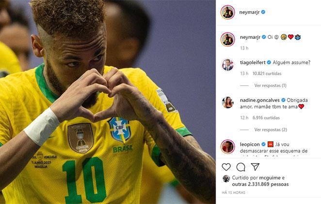 Neymar faz coração com as mãos após gol do Brasil