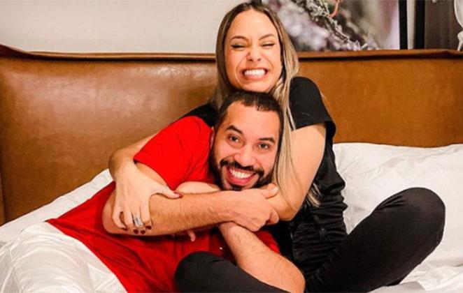 Sarah Andrade abraça Gil do Vigor na cama