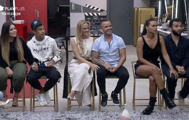 Carol e Jonathas, Mari e Matheus e Nina e Filipe estão na DR da semana